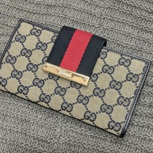Authentic Gucci Continental Wallet